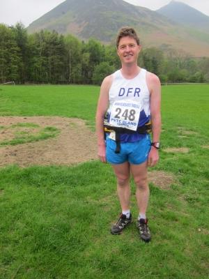 Dougie starts his post-marathon recovery run.