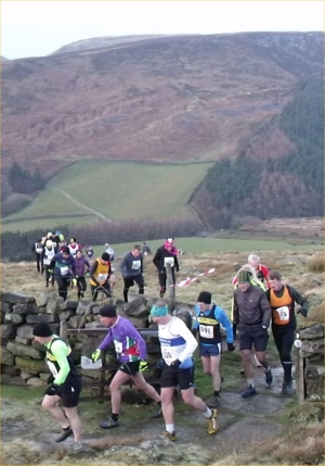 Runners emerge from the start in the valley below ... and Mike H is off and running.