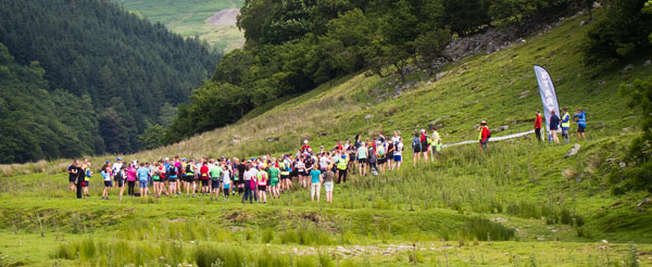 Start of the 33 km Durham Trails Series DT30 race at Muker, Swaledale