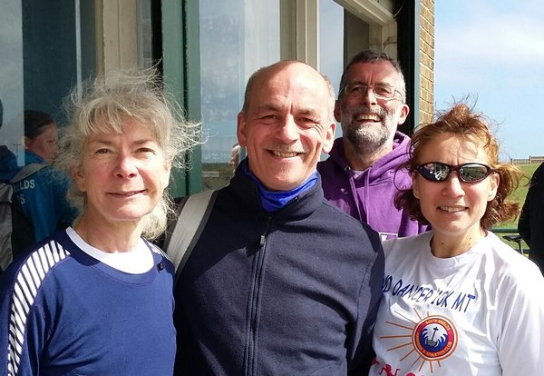 Four Sunny Sandancing Striders